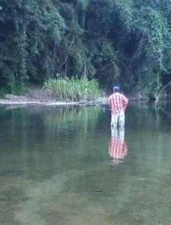 伊賀キャンプで釣り.jpg